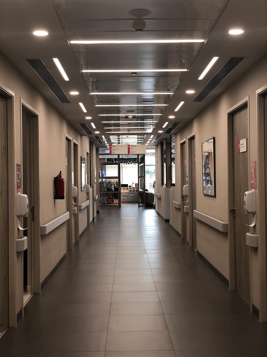 opd corridor at CK Birla Hospital, Multispeciality hospital in Gurgaon, best hospital in Gurgaon, maternity hospital in gurgaon
